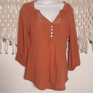 Anthro C.Keer coral/rust lace 3/4 sleeve top